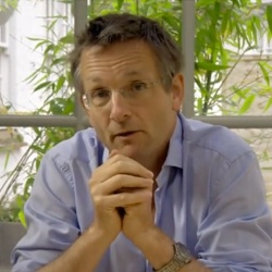 Dr.. Michael Mosley